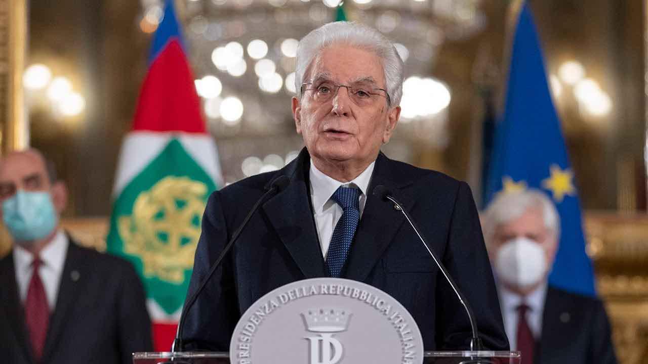 Sergio Mattarella chiama Mario Draghi al Colle