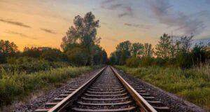 23enne morta travolta treno