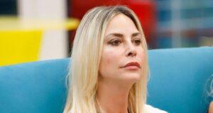 Gf Vip, Stefania Orlando non ha scelta, il triste sfogo: 'In puntata dovrò tradire qualcuno'