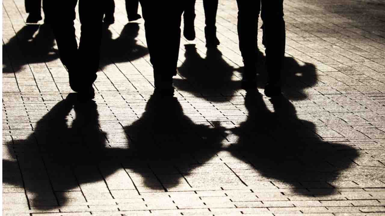 Capotreno aggredita da gang a Milano