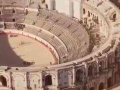 Colosseo scambiato per l'arena di Nimes