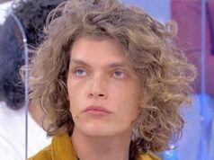 la scelta Uomini e Donne, Massimiliano Mollicone nella bufera: i fan non l'hanno presa bene
