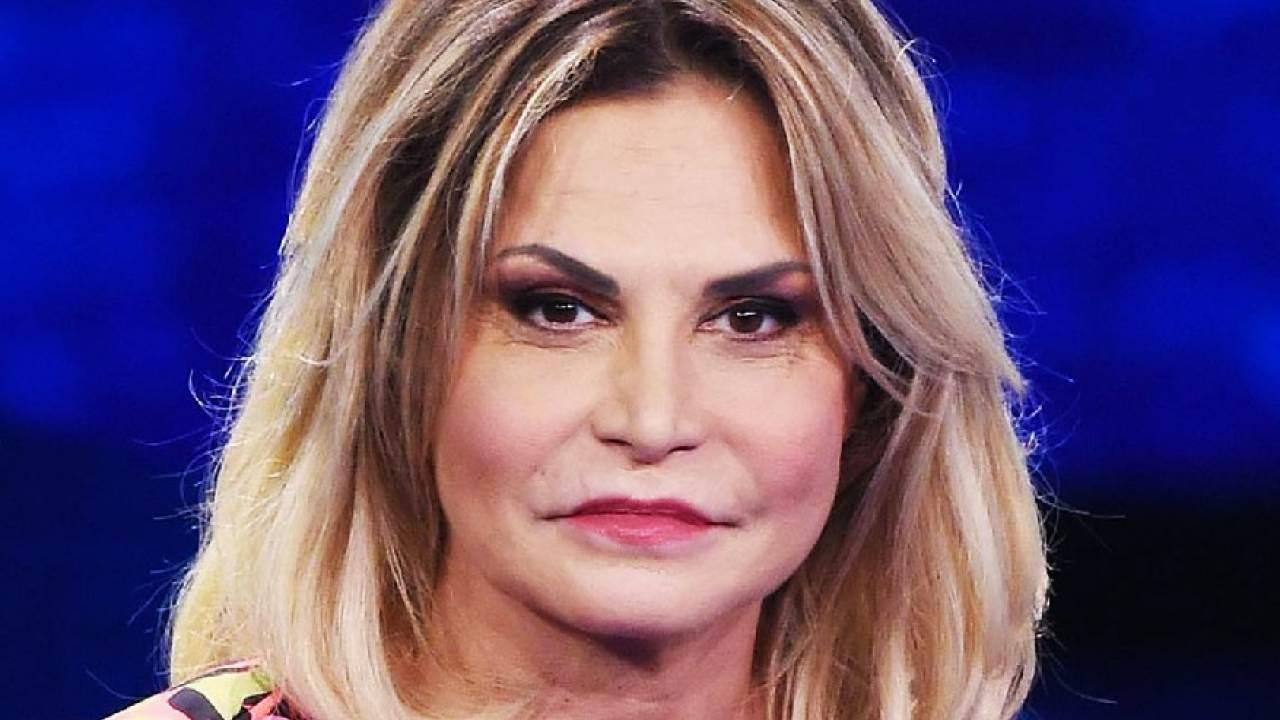 SImona Ventura al pronto soccorso