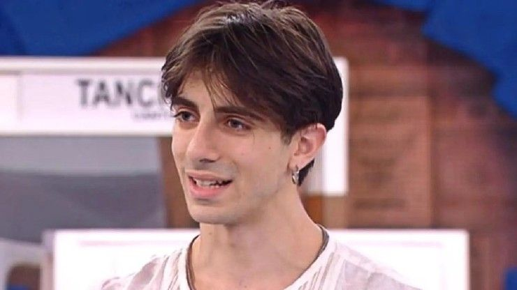 Sapevate che Alessandro prima di Amici 20, ha danzato in Tv con una nota showgirl? Ecco chi è