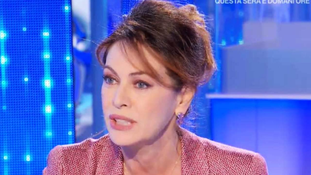 Elena Sofia Ricci cambio look