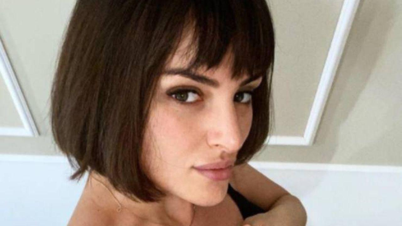 Arisa ''ha gonfiato le labbra'': la cantante senza trucco lascia i fan di stucco - FOTO