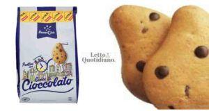 Ritirati biscotti con gocce di cioccolato