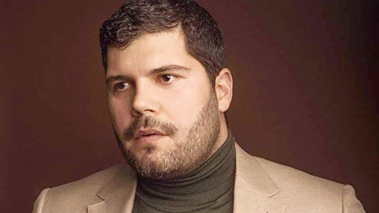 Salvatore Esposito, quanto guadagna l'attore di Gomorra: da Genny Savastano alla carriera di scrittore